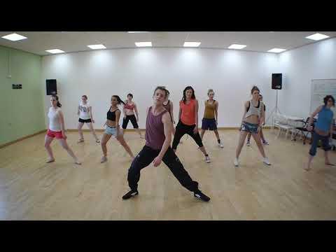Latin Dance Aerobic Workout - Hull College