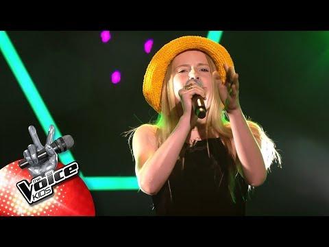 Elisabeth - 'Never Tear Us Apart' | Blind Auditions | The Voice Kids | VTM