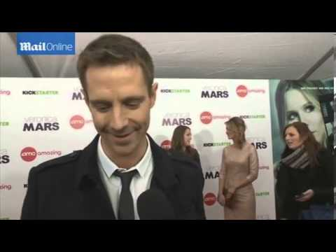 VIDEO  Kristen Bell and cast excited at Veronica Mars premiere   Mail Online
