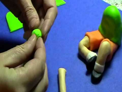 Výroba postavičky z marcipánu - YouTube