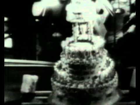 Marilyn Monroe singing happy birthday to John F. Kennedy