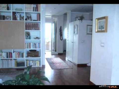 Peschiera Borromeo: Villa Oltre 5 locali in Vendita