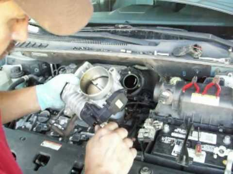kia Sedona ESC-off & check engine light throttle body sensor change out. part one
