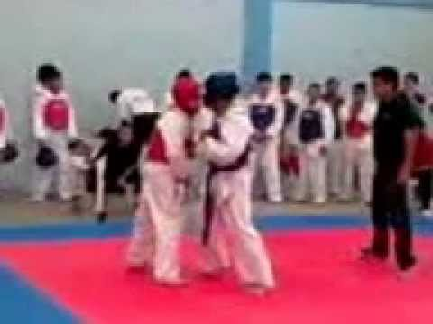 Combate 3 Torneo Universitario.mp4 video