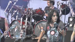 Watch Alice Cooper Hes Back video