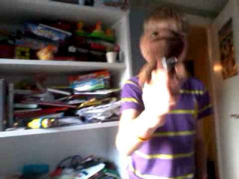 Sackboy sings wich dostor