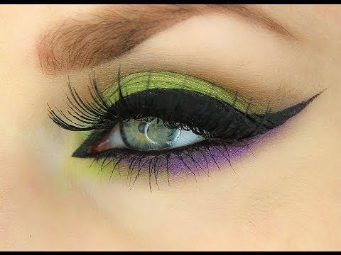Witch eye makeup