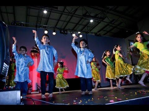 Rangeelo Maro Dholna Tinku Jiya and Laung da Lashkara dance...