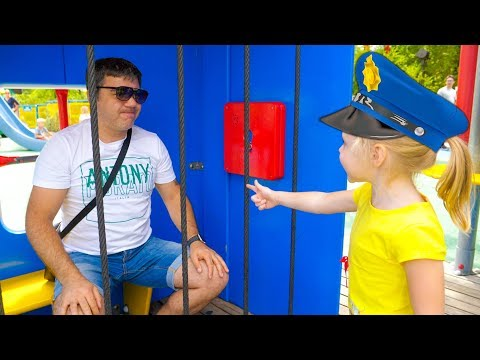 Настя и папа в парке аттракционов  Nastya and papa pretend play at the amusement park