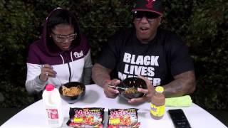 Spicy Ramen Noodle Challenge - Floss vs Ahmya