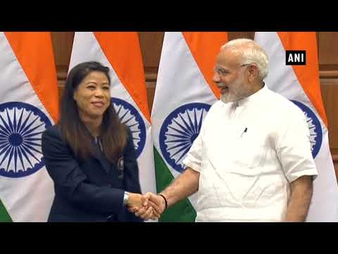 Watch: PM Modi meets Commonwealth Games medallists