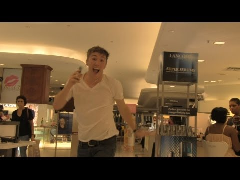 Dancing With an iPod in Public - Wake Me Up (Before You Go Go)