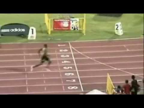 usain bolt 400m wins easily