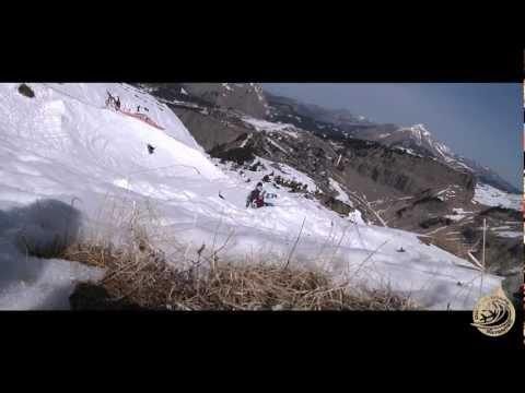 Dupraz Snowboards Banked Slalom Avoriaz 2011.