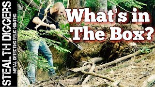 #235 Whats in the box ? Metal detecting relic hunting NH in the woods & old farmland Garrett ATGOLD