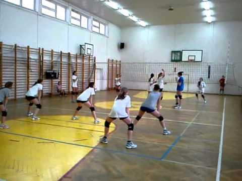 UKS Rosario Lubowidz. Sekcja Mini Siatkówki - Trening Do Zawodów I Ligi Młodziczek.