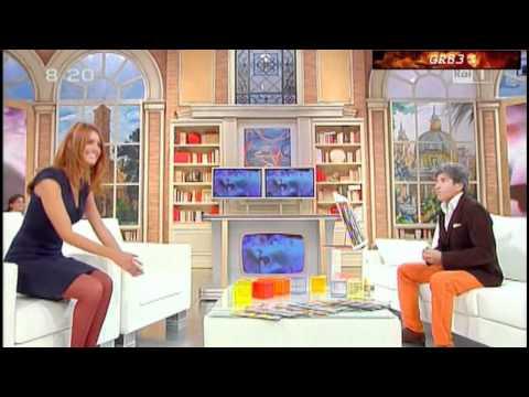 Miriam Leone @ Mattina in Famiglia (09.10.10)