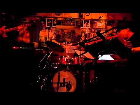 Scott Kinsey Group at the Baked Potato Los Angeles 5/19/2011 Part 1