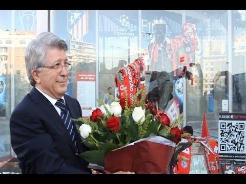 Enrique Cerezo rinde homenaje a Eusebio