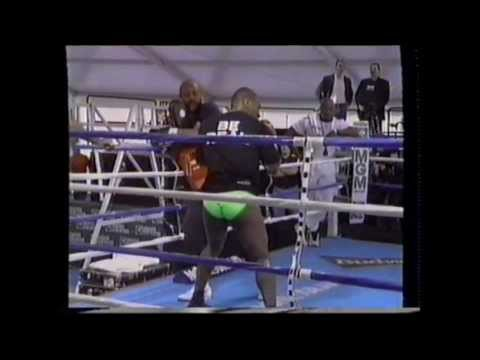 Mike Tyson vs Francois Botha Pre Fight Build Up Image 1
