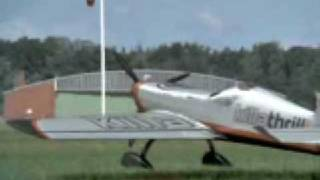Amazing plane crash