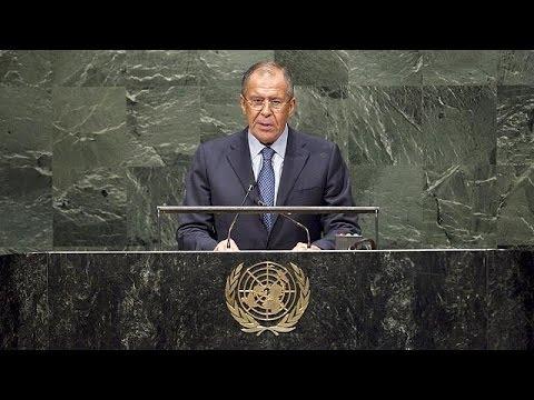 لافروف يتهم الولايات المتحدة بالعمل لمصالحها ويعتبر الضربات ضد داعش في سوريا غير قانونية