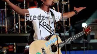 Download lagu ST12 - Jangan Pernah Berubah (Acoustic) gratis