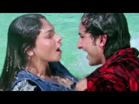 Saif Ali Khan Tries To Impress Pooja Bhatt - Sanam Teri Kasam, Love Scene 2/10