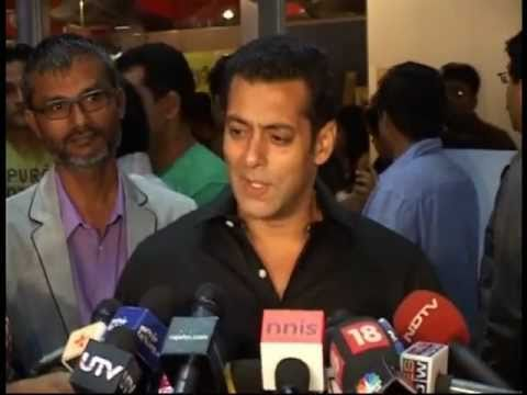 Bollywood World - Salman Khan at Chillar Party Premier - Latest Bollywood Events