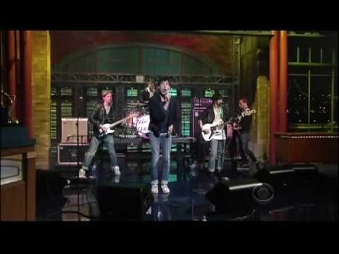 The Virgins - Rich Girl ( Live On David Letterman)
