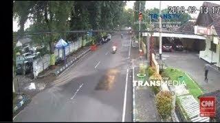Detik detik Pelaku Penyerangan Mapolres Probolinggo Kota Ditangkap Terekam CCTV