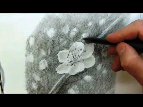 Видео как научиться рисовать цветок карандашом