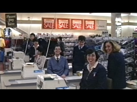 Marks and Spencer Watford, store opening Christmas Eve 1985