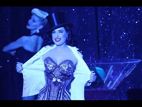 Sexy Dita Von Teese - Strip Strip Hooray! - House of Blues