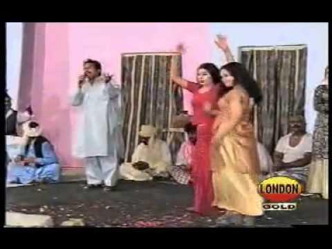 Saraiki, Kamli Na La Akhiyan Asif Shahzada, Satge Drama Dance video
