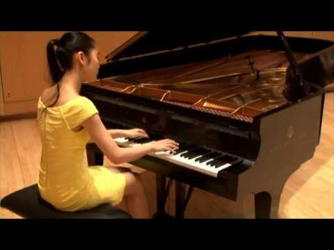 Tiffany Poon plays Chopin Nocturne in E-Flat Major, Op. 9, No. 2