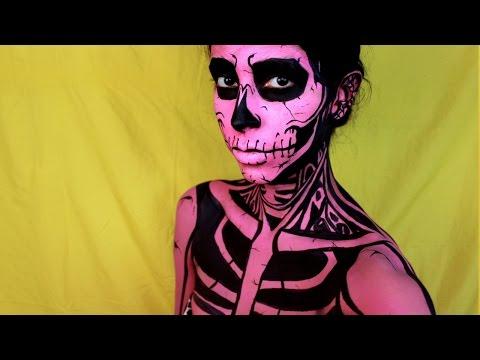Easy Halloween Makeup: Pop Art Skull