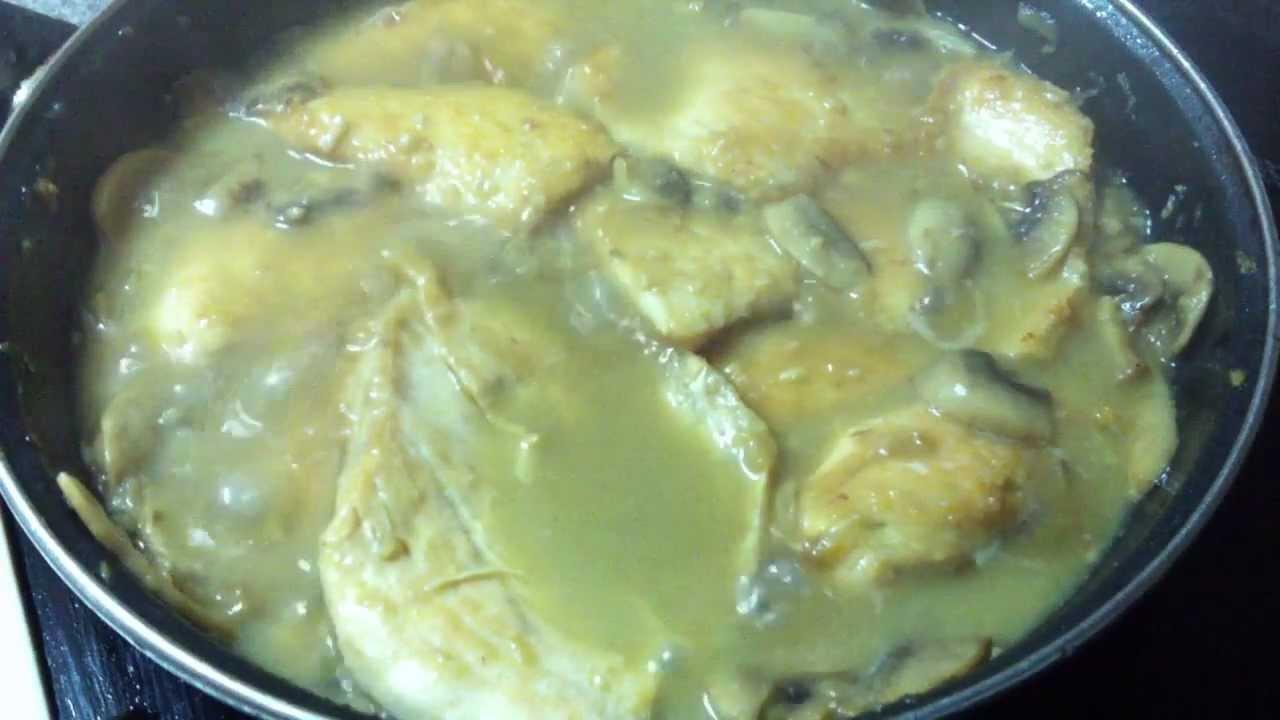 Pollo Con Champiñones y Crema Pollo Con Champiñones Guiso