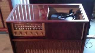Here is the 1957 High Fidelity Magnificent Magnavox playing some 50;s 78's for you