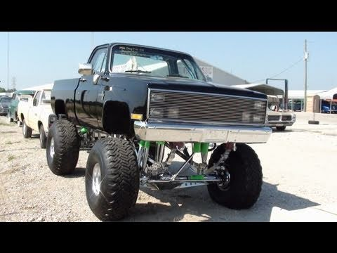 Huge 1986 Chevy C10 4x4 Monster Truck - All Chrome Suspension - 383 Stroker