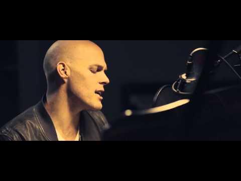 David Guetta - David Guetta & Sam Martin - Dangerous