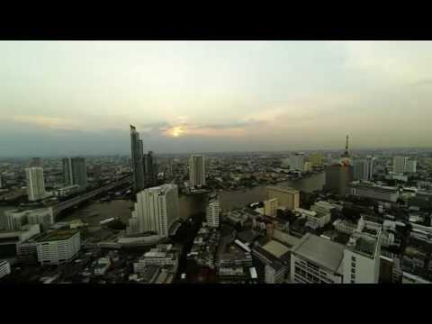 Timelapse – Sunset over Chao Phraya river Bangkok (HD)