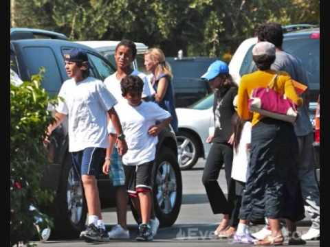 paris jackson 2011. Prince, Paris and Blanket