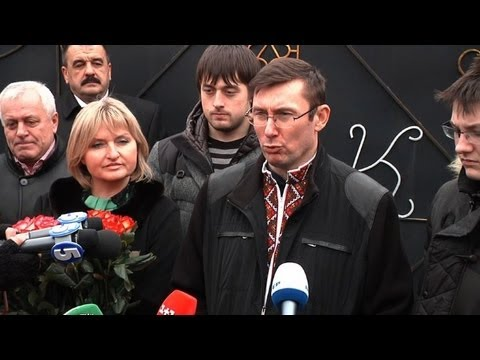 Key Tymoshenko ally walks free from Ukraine prison