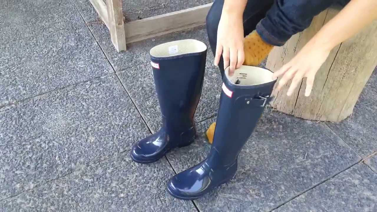 Picture suggestion for Matte Navy Blue Hunter Boots