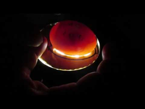 Овоскопирование утиных яиц . Охлаждение и опрыскивание.