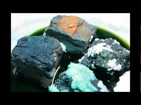 Coal crystal garden time lapse - first attempt