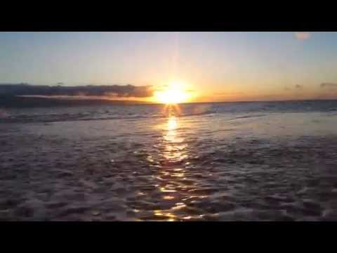 One Minute in Paradise: Sunset over the Pacific