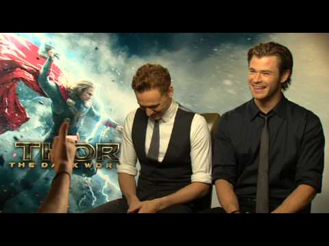Chris Hemsworth and Tom Hiddleston Talk Natalie Portman's Punch!