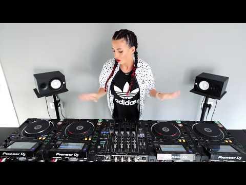 Juicy M - New 4 CDJ mixing video